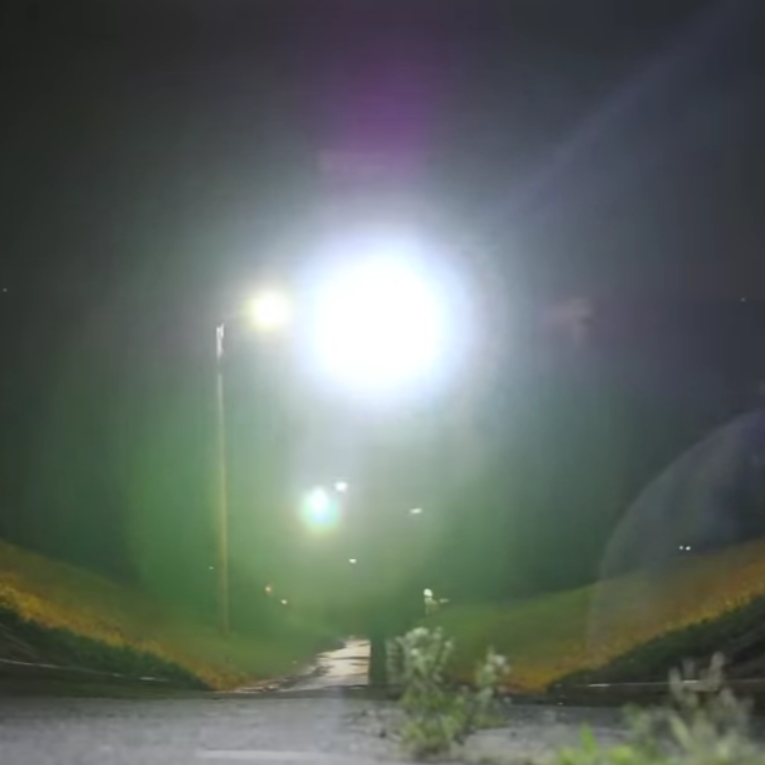 At 1200 lumens, LUMONITE Compass R headlamp is suitable even for the darkest of nights, making your runs much safer.